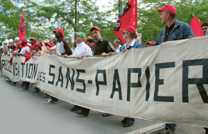 Representantes de vários países em situação irregular na Bélgica se aliam em busca de uma nova Anistia